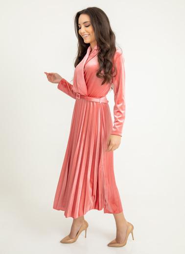 Foremia Piliseli Ceket Yaka Kadife Elbise Pudra